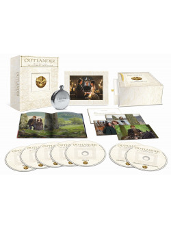 Outlander - Stagione 01 (Ultimate Edition) (5 Blu-Ray+Dvd+Cd+Libro+Fiaschetta)